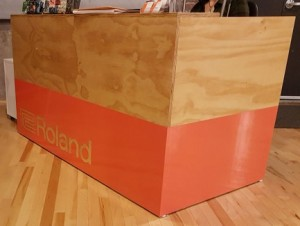 Roland Desk Wrap - Barrie